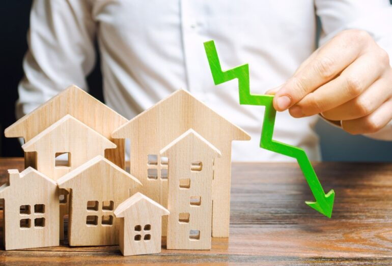 a falling real estate market concept which can cause negative equity
