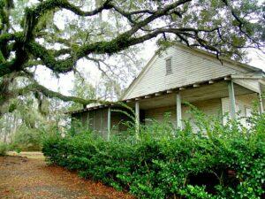 an older home in Slidell